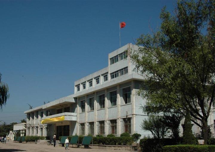 云南能源学院校园风景