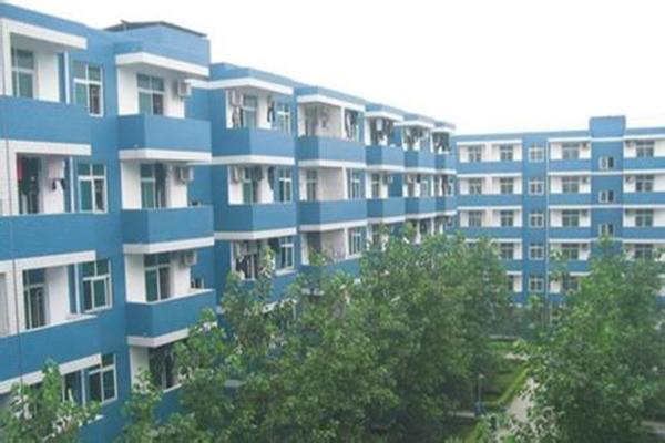 四川甘孜州的职业学校有哪些?