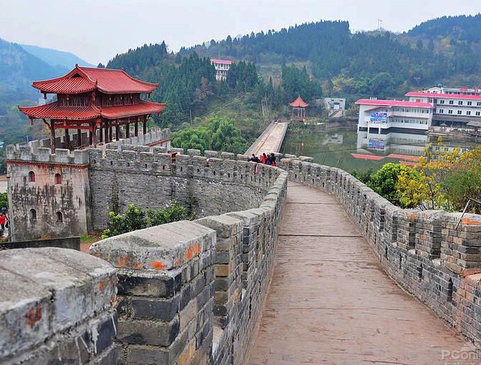 金龙长城城墙