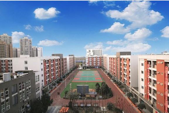 中国五冶大学校园一角