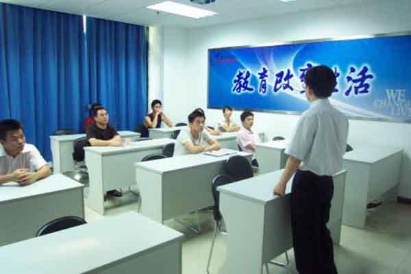 四川学计算机的职业学校