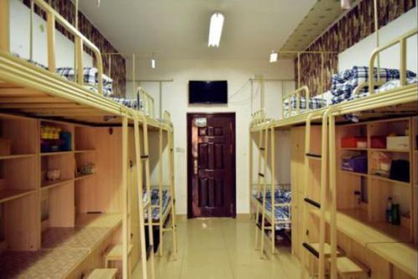 五月花高级技工学校寝室环境