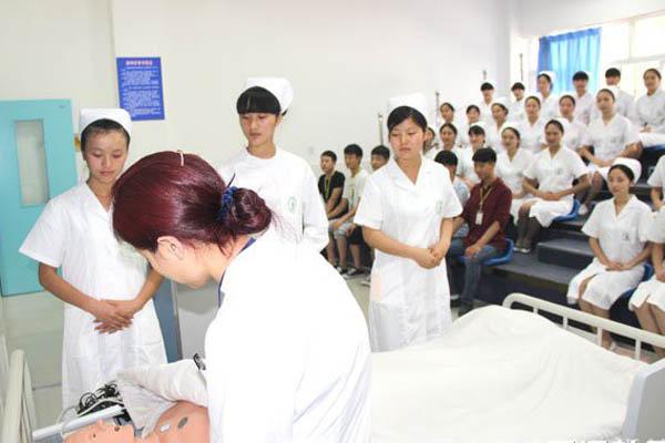 四川护理中职学校排名出炉
