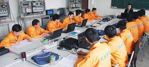 川大科技园职业技能学院学习场景