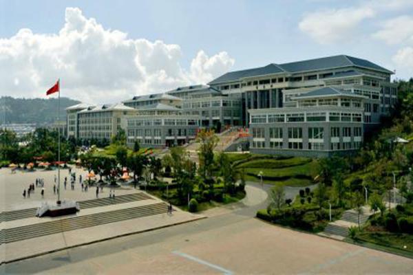 云南职业学校